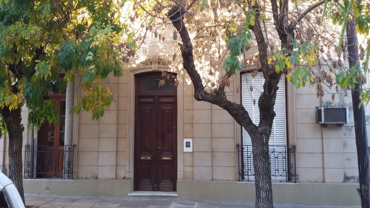 VENTA - Casa Antigua Bolivia al 500 - Concordia